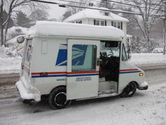 2014_06_usps_truck_in_winter_lexington_ma